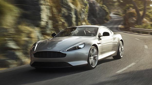 Aston Martin DB9 dyn voli