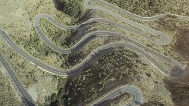 Jaguar F-Type Trailer Messe Paris Video