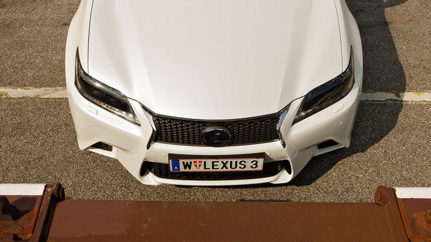Lexus GS 450h: Will still, haut laut
