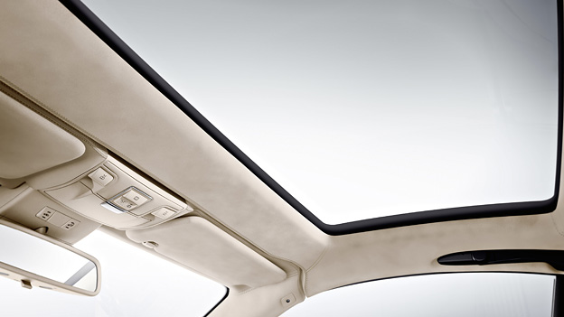 Mercedes Benz MAgic Sky Control Banale Probleme Lada 2107