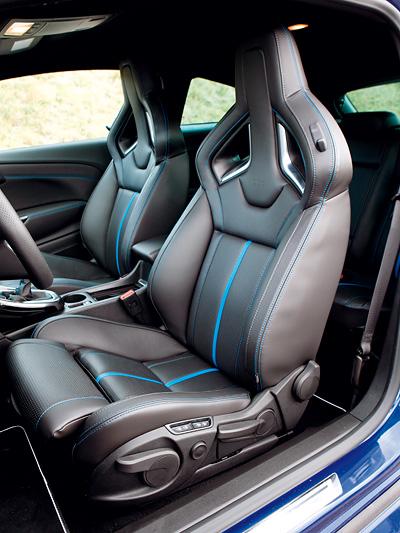 Opel Astra OPC VW Golf GTI