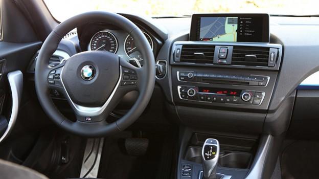 BMW M135i Heckantrieb Reihensechszylinder quer Drift