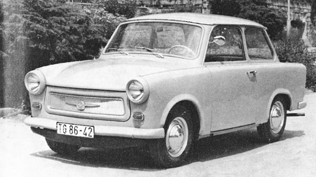 """Der Trabant 601 wird jetzt auch mit der automatischen Kupplung """"Hycomat"""" geliefert. (Werksphoto Trabant)"""
