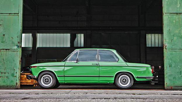 BMW 2002 Oldtimer Kaufberatung stat links Quelle: Andreas Riedmann