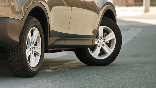 Toyota RAV 4 Autoreifen und Felgen.