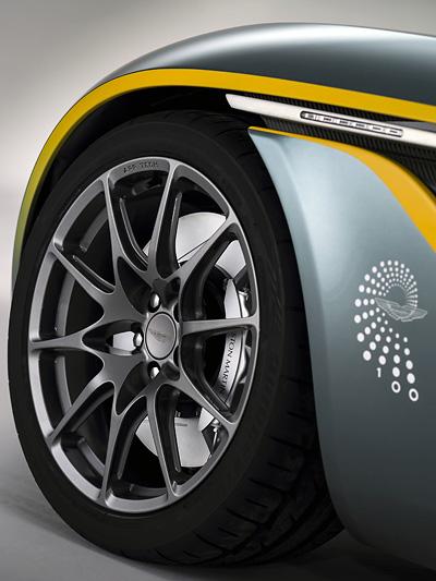 _Aston-Martin-CC100-Speedster-Concept-Reifen-Felge