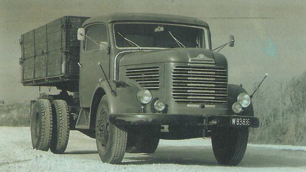 Steyr 380 - Auf seiner Ladefläche ist Österreich