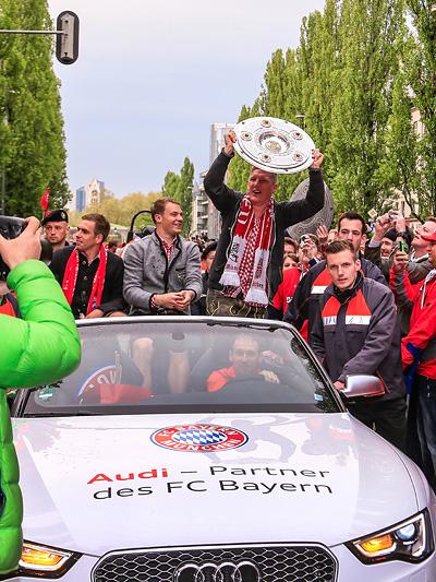 Immerhin gab es, dank überragendem Fußball, die deutsche Meisterschaft.
