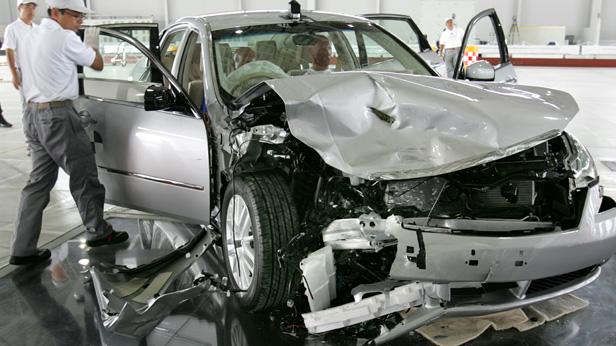 nissan crashtest