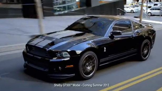 ford mustang shelby gt500 werbung 2013. Black Bedroom Furniture Sets. Home Design Ideas
