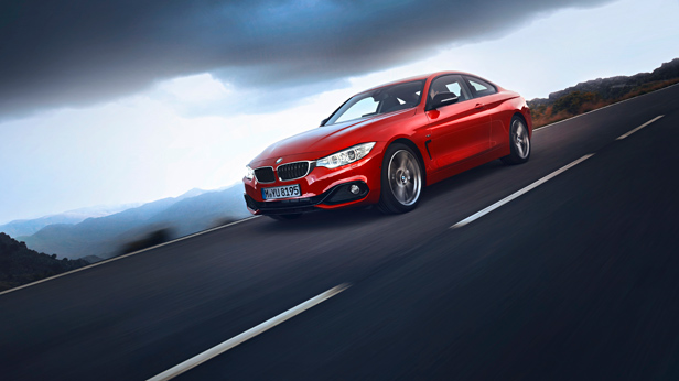 BMW 4er Coupé dynamisch vorne links