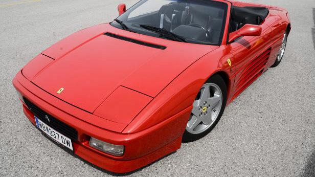 Ferrari-348-Spider-vorne