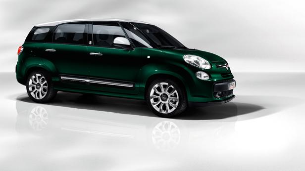 Fiat 500L Living statisch vorne rechts