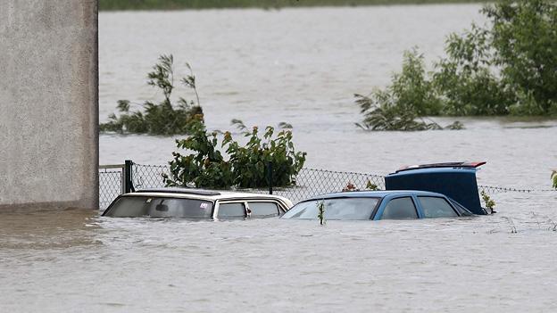 Hochwasser Flut Österreich Entschädigung Opel Meriva Hilfe