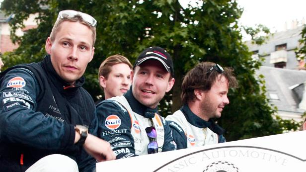 Der verunglückte Allan Simonsen bei der Parade in Le Mans