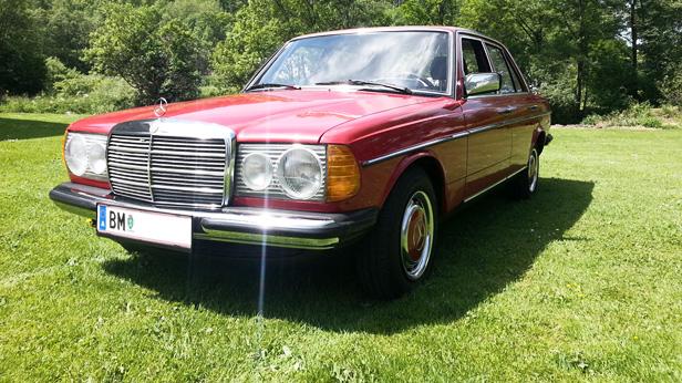 Mercedes-Benz-200-vorne