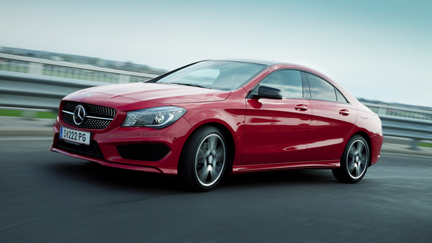 Mercedes-Benz CLA 220 CDI dynamisch vorne links