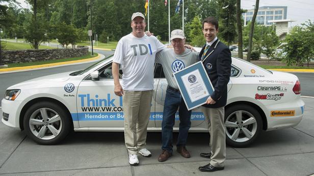 VW Passat USA Rekordfahrt