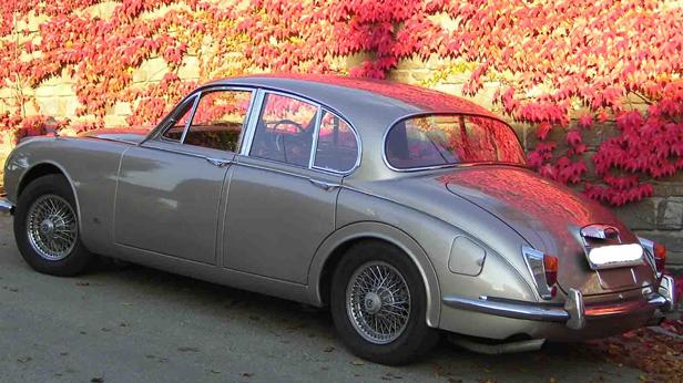 Daimler 250V8