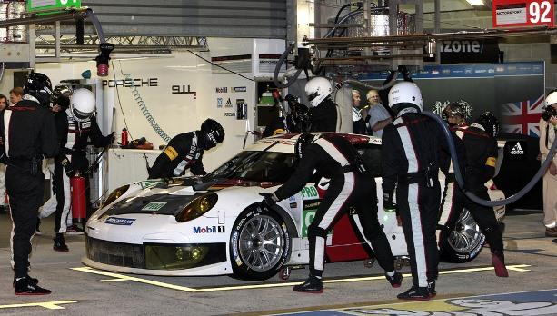 24h Le Mans - 12h Update: Bestürzung über den Tod von Allan Simonsen
