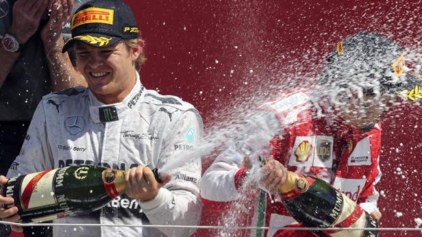 Nico Rosberg gewinnt in Silverstone