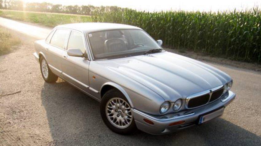 Jaguar XJ8 3,2