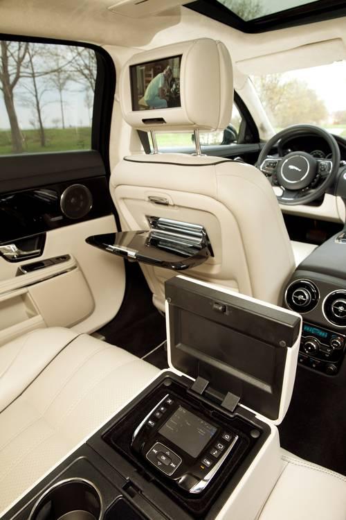 Jaguar XJ 3,0 V6 S/C AWD LWB
