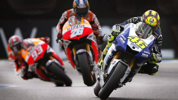 Valentino Rossi fährt in Assen