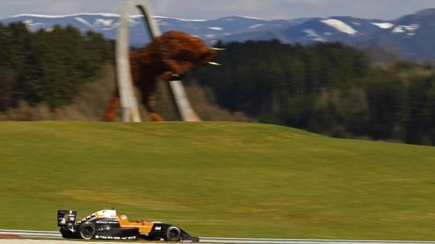 Ein Rennauto der Formula Renault 3,5-Klasse in Spielberg.