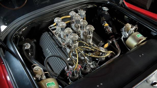 Der ATS 2500 GT 3.0 Motorraum