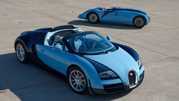 Bugatti Veyron Grand Sport Vitesse vorne, hinten der 57G Tank