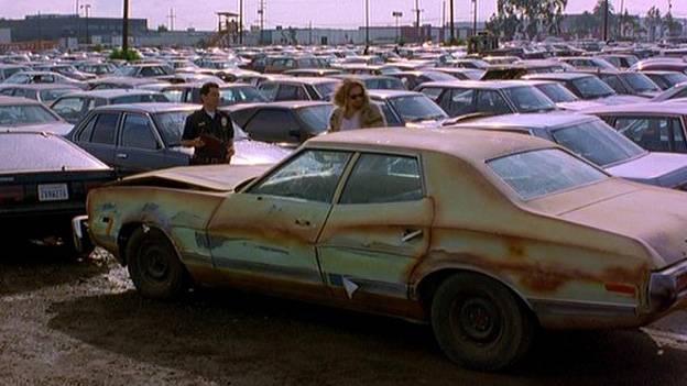Die zehn besten Autos in Nebenrollen Ford gran torino Fear and loathing las vegas Batman the dark knight rises lamborghini aventador