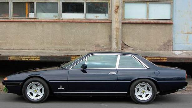 Ferrari 400i 1982 statisch links