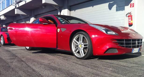 Ferrari FF in der Box