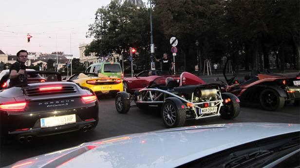 Großaufgebot am Ring in Wien