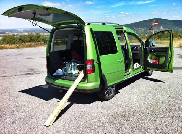 Unser Versorgungsfahrzeug: Ein VW Caddy