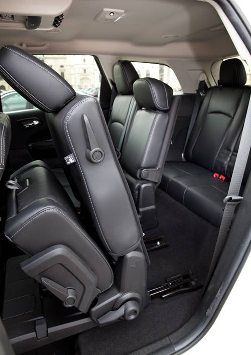 Freemont 2,0 Multijet II 170 Park Avenue AWD Automatik sitze