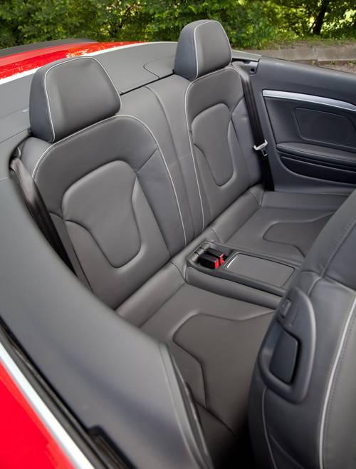 Audi RS5 Cabriolet rueckbank