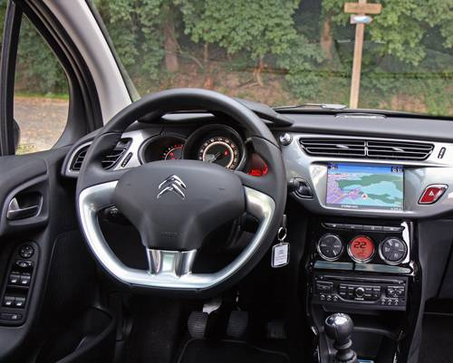 Citroën C3 E-HDi 115 Exclusive innenraum