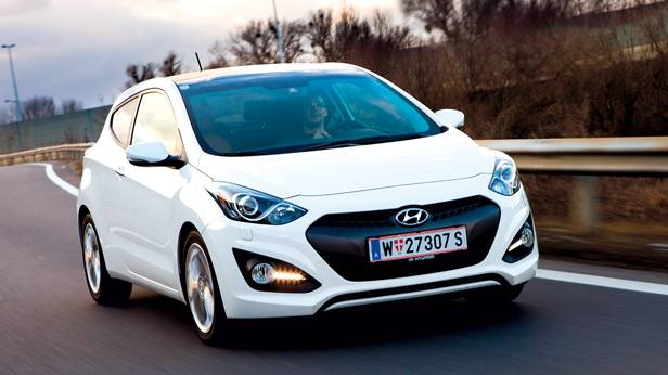 Hyundai i30 Coupé Premium 1,6 CRDi front