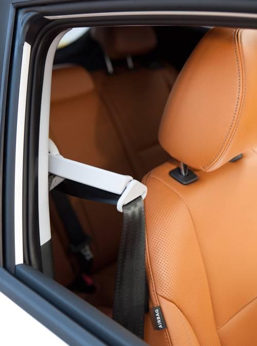 Hyundai i30 Coupé Premium 1,6 CRDi gurthalter