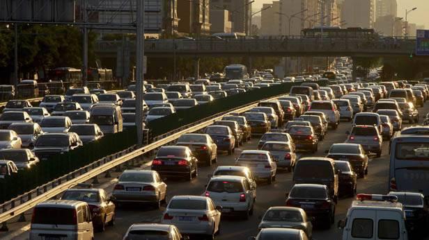 Stau auf Pekings Autobahn