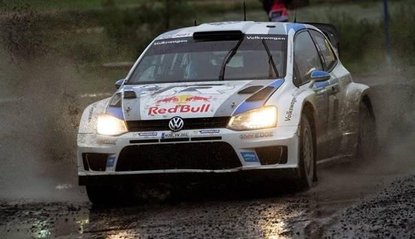 Am zweiten Tag der diesjährigen Finnland-Rallye triumphierte Sebastien Ogier im VW Polo R WRC