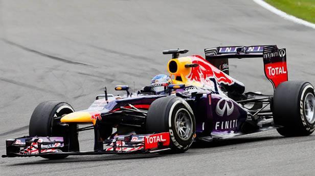 Sebastian Vettel im Red Bull Rennauto
