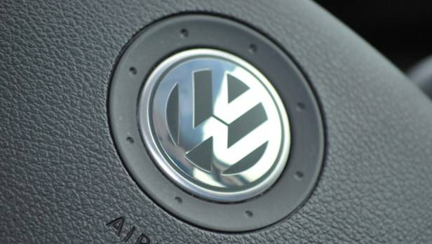 Mit 466.000 ausgelieferten Autos im Juli 2013 hat VW ein leichtes Minus im Vergleich zum Juli 2012 zu verzeichnen.