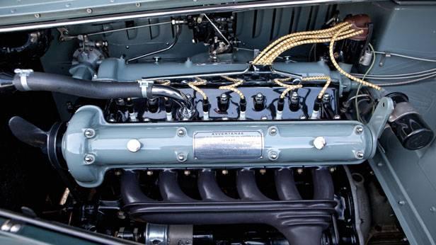 Der Motor des Alfa Romeo 6C 2500 Sport Berlinetta Touring
