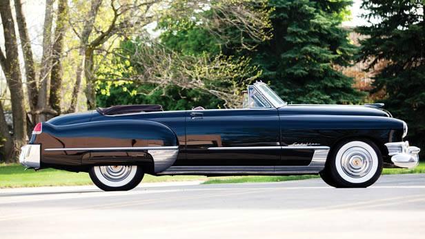 Der Cadillac Series 62 Convertible Coupe 1949 seitlich