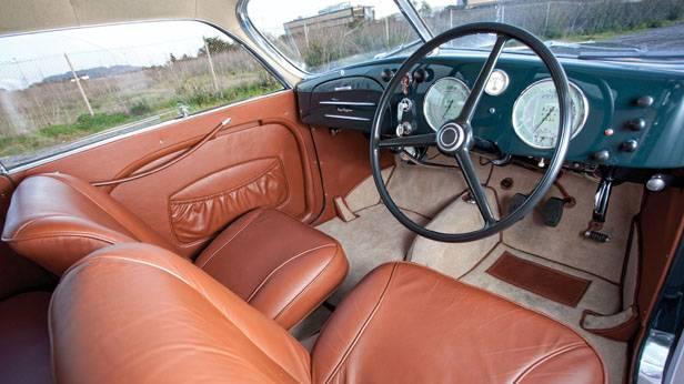 Der Alfa Romeo 6C 2500 Sport Berlinetta Touring von innen
