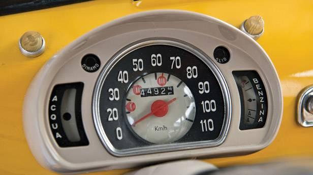 Anzeigen des Fiat Multipla 600