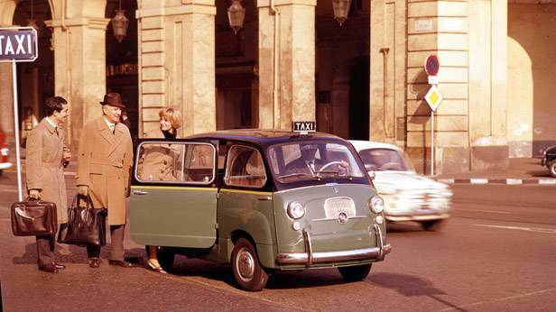 Der Fiat Multipla 600 in der Taxi-Version